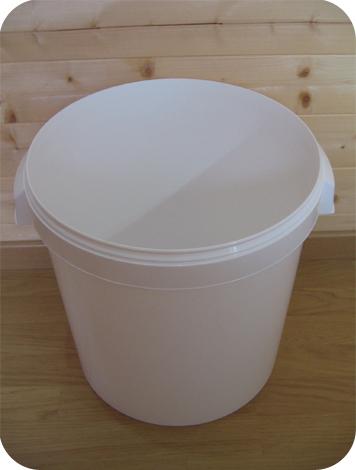 seau-toilette-seche