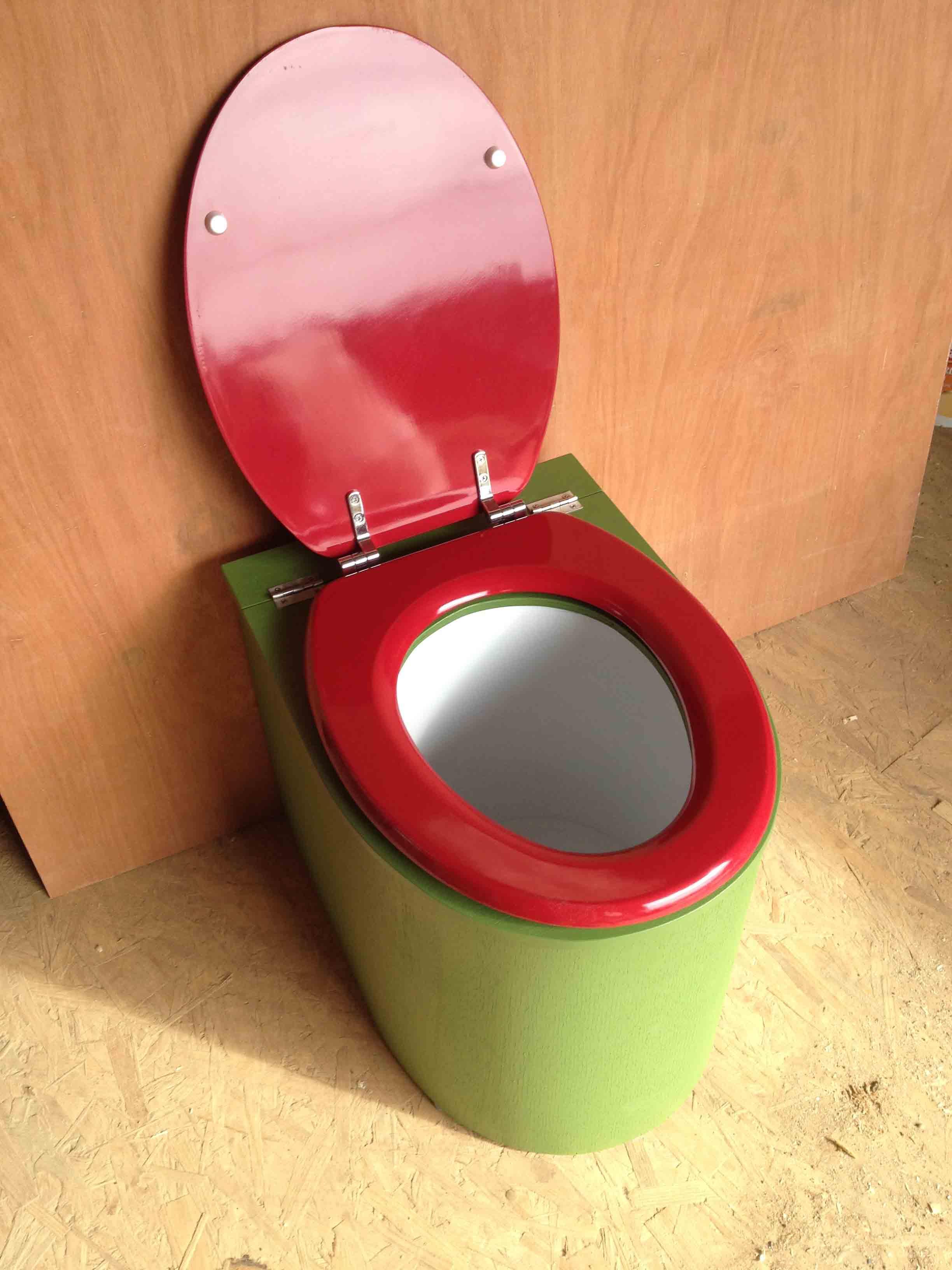 Toilettes sèches en appartement vert
