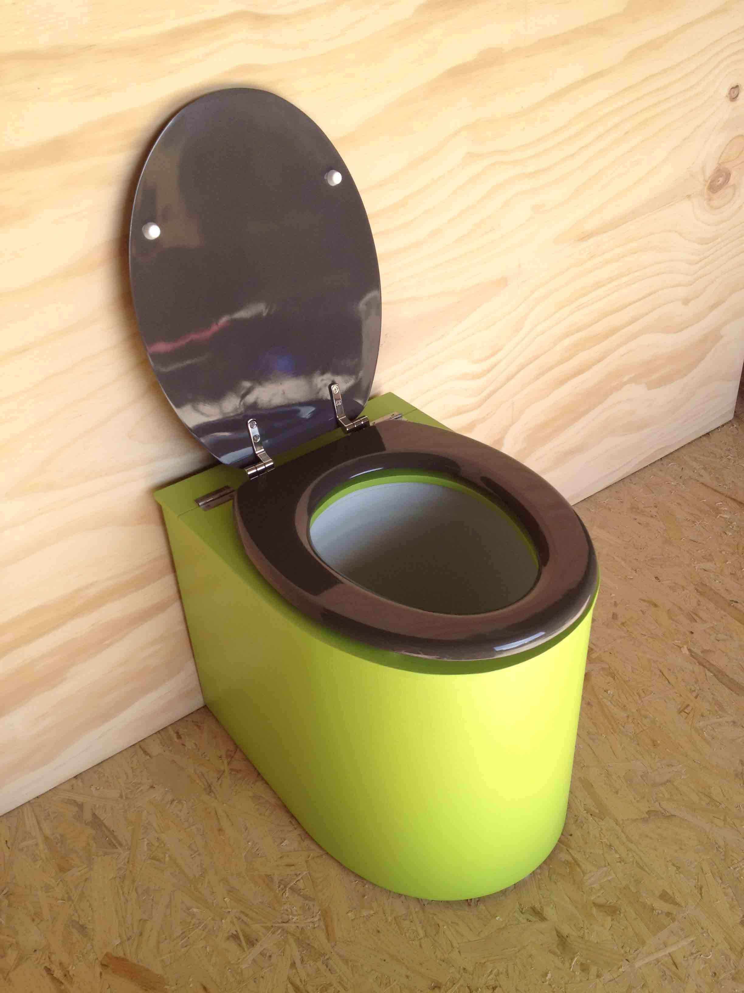 Toilettes sèches en appartement vertes