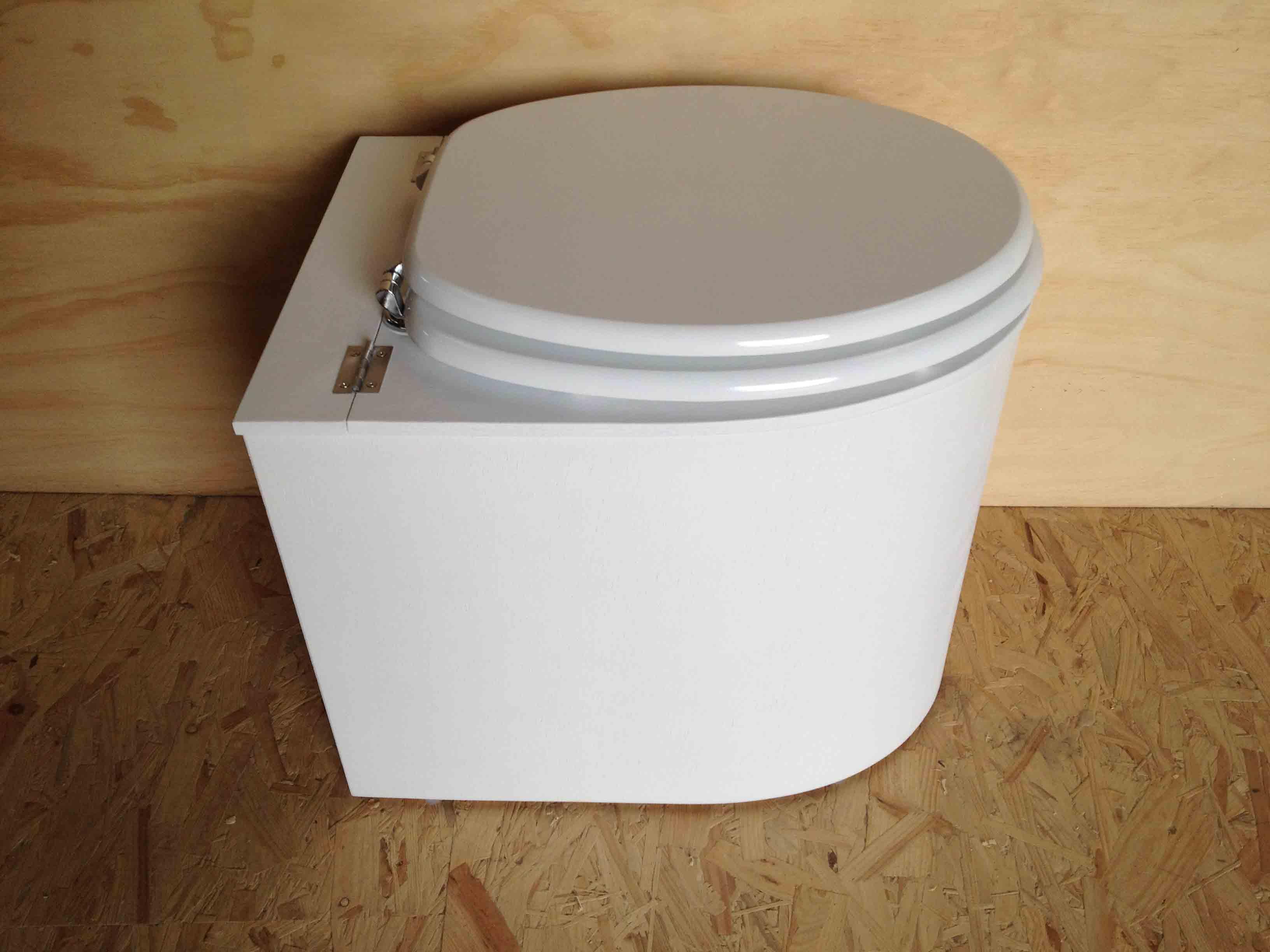 Toilettes sèches design blanche