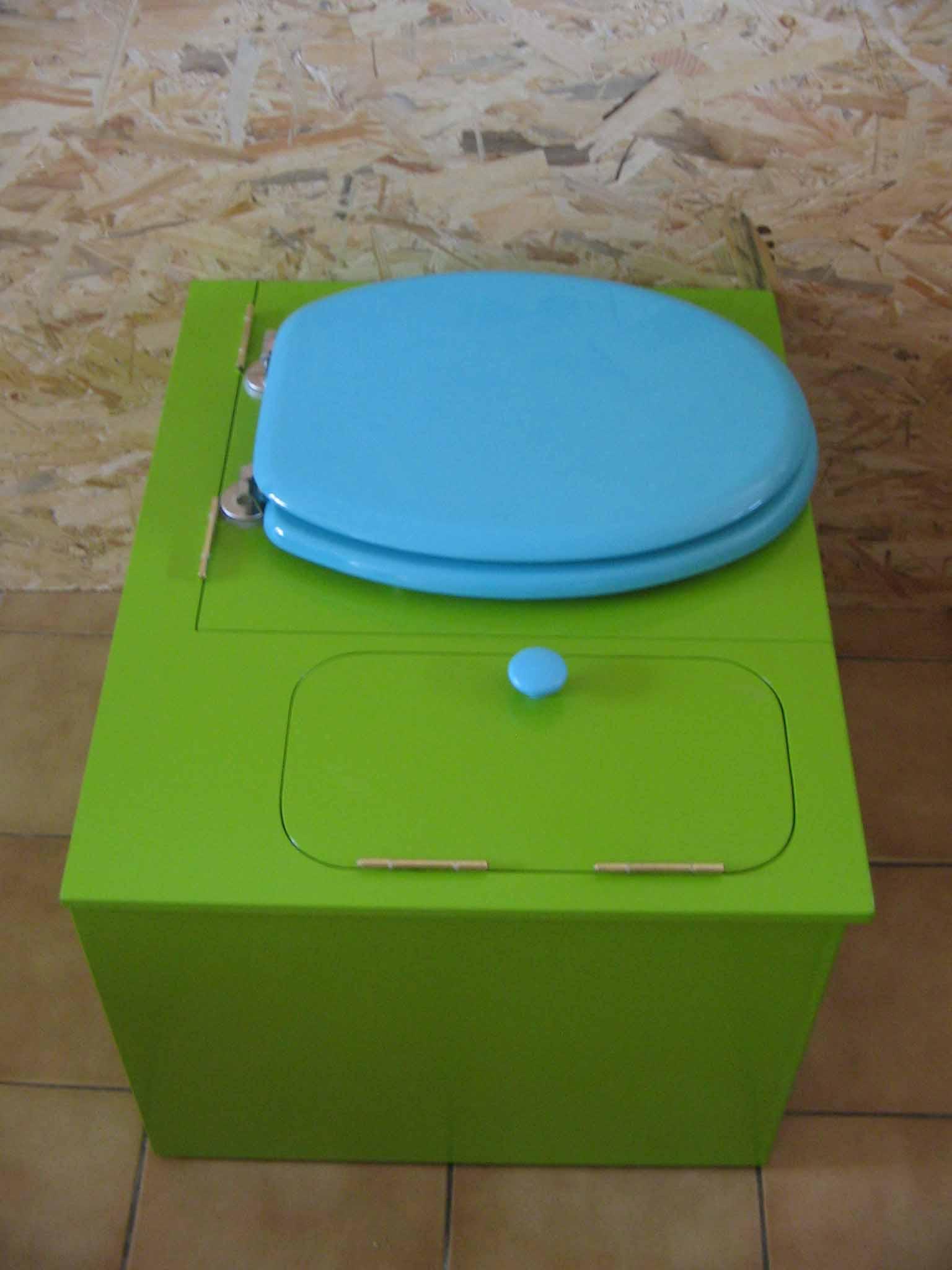 wc sans eau vert